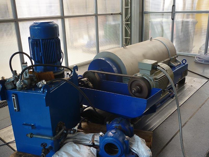 Overhaul of Hiller D450 centrifuge