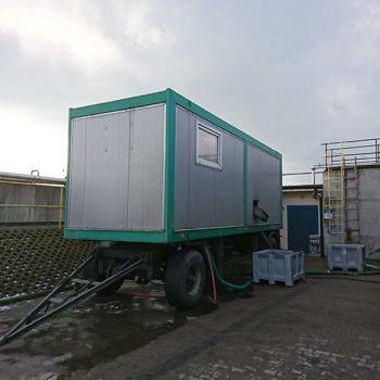 Testy odwadniania przemysłowych osadów ściekowych z wykorzystaniem mobilnej stacji mechanicznego odwadniania osadów ściekowych