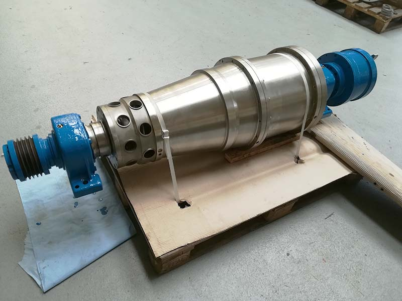Major repair of an Alfa Laval CFNX414 centrifuge rotating unit