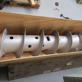 Spomasz wykonał remont generalny ślimaka wygarniającego do wirówki Flottweg Z4E.