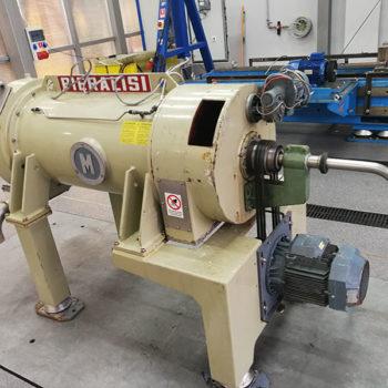 Wirówka Pieralisi FP 600 zainstalowana w instalacji odwadniania komunalnych osadów ściekowych