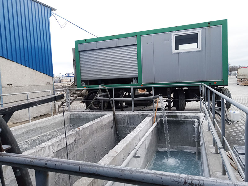 Industrial sewage sludge dewatering tests