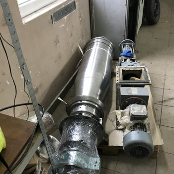Remont zespołu wirującego wirówki GEA Vestfalia UCD 345 zainstalowanej w instalacji odwadniania komunalnych osadów ściekowych