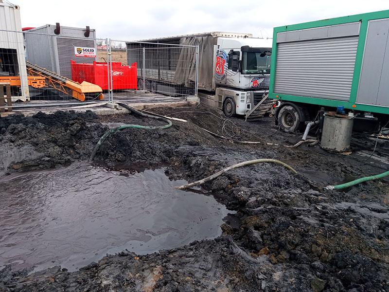 Próby Odwadniania Zawiesin Wodno-Iłowych