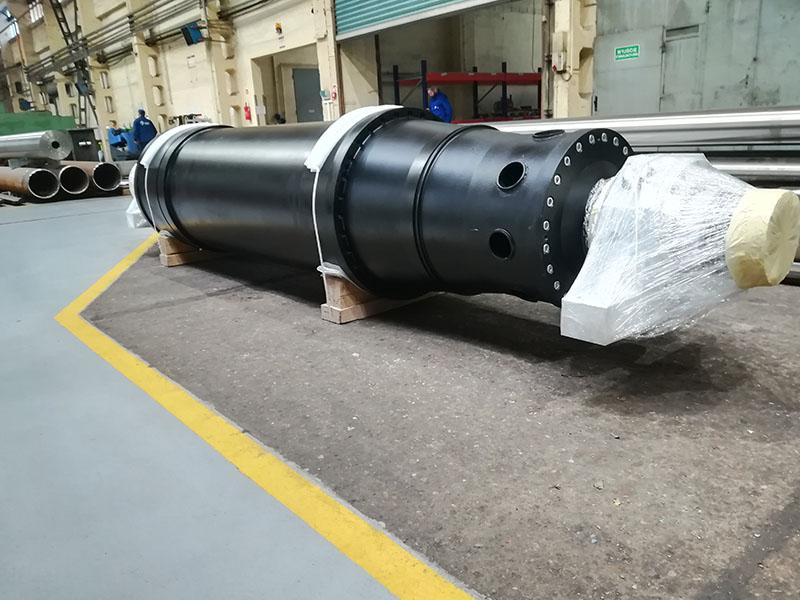 ремонт вращающего узла горизонтальной декантационной центрифуги Centrisys CS 304T